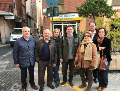 Visita del concejal Ignaci García al Raval de la Trinitat